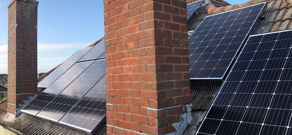 Worthing 4.7kW South Solar facing solar panels | Wagner Renewables